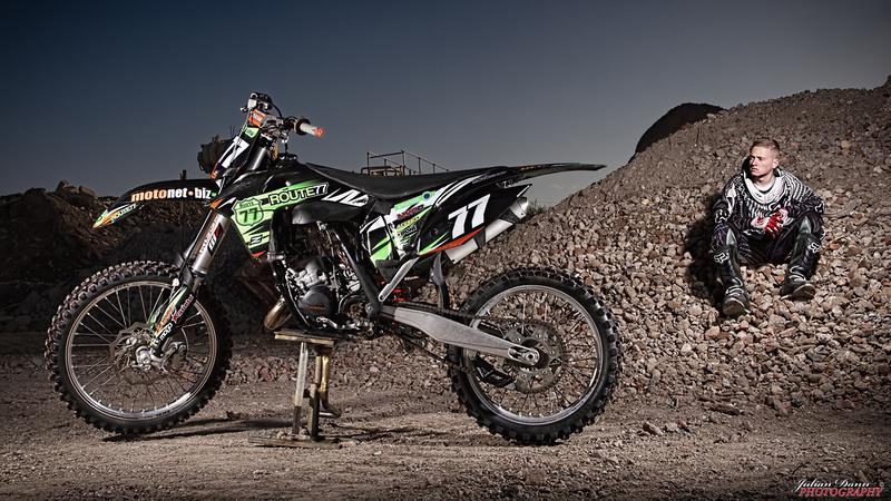 julian dann photography motocross portrait photo shoot with enrikas. Black Bedroom Furniture Sets. Home Design Ideas